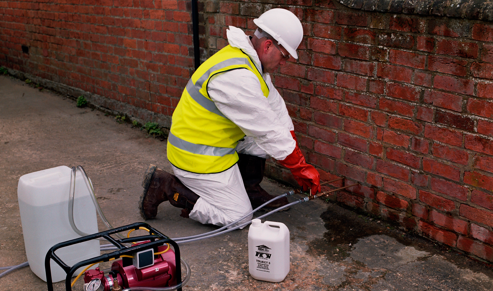services_damp_proof_courses_lge